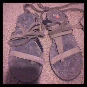 Shoes sandals